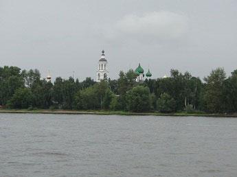 Толгский монастырь - Вид на Толгский монастырь с Волги