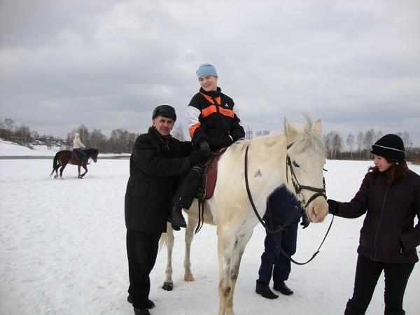 Иппотерапия и лечебная верховая езда (ЛВЕ) - Миша на Нике