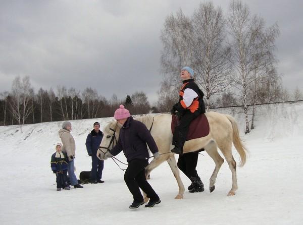 Иппотерапия и лечебная верховая езда (ЛВЕ) - Занятие с Мишей. Рысью