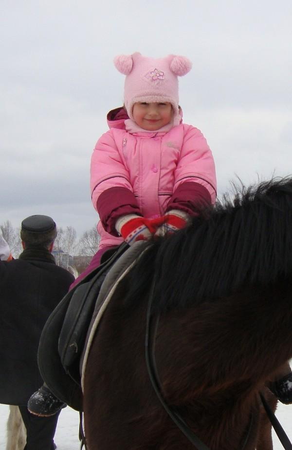 Иппотерапия и лечебная верховая езда (ЛВЕ) - Занятие по иппотерапии. Март 2011