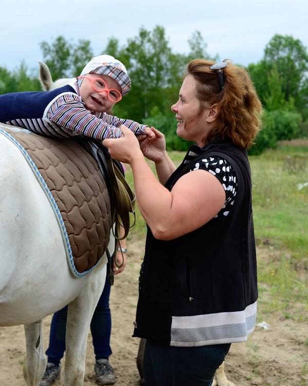 Иппотерапия и лечебная верховая езда (ЛВЕ) - Леша