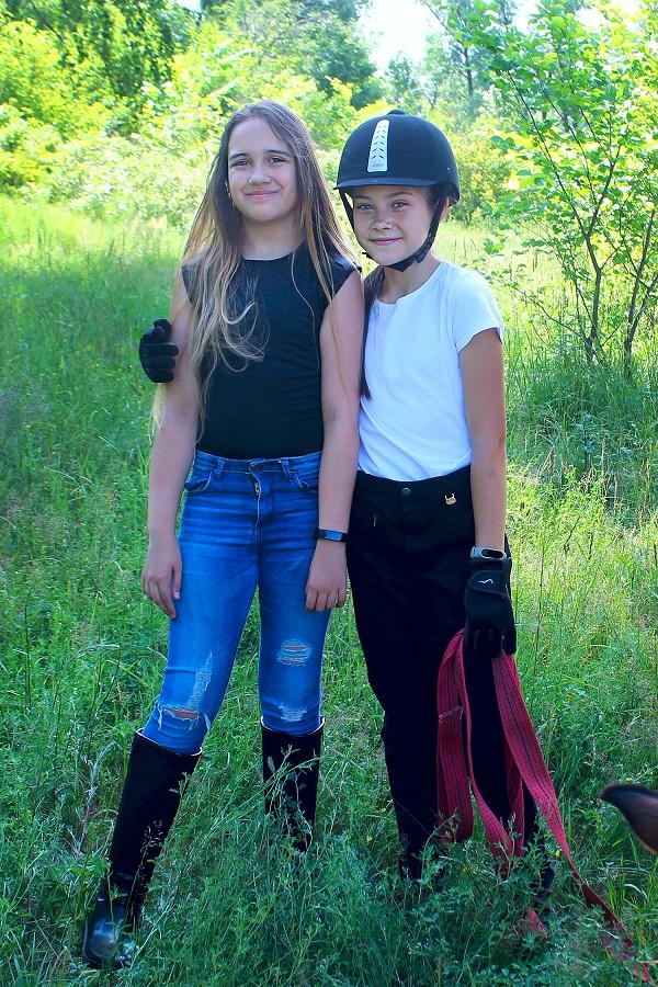Верховая езда / Конный спорт - Женя и Алиса